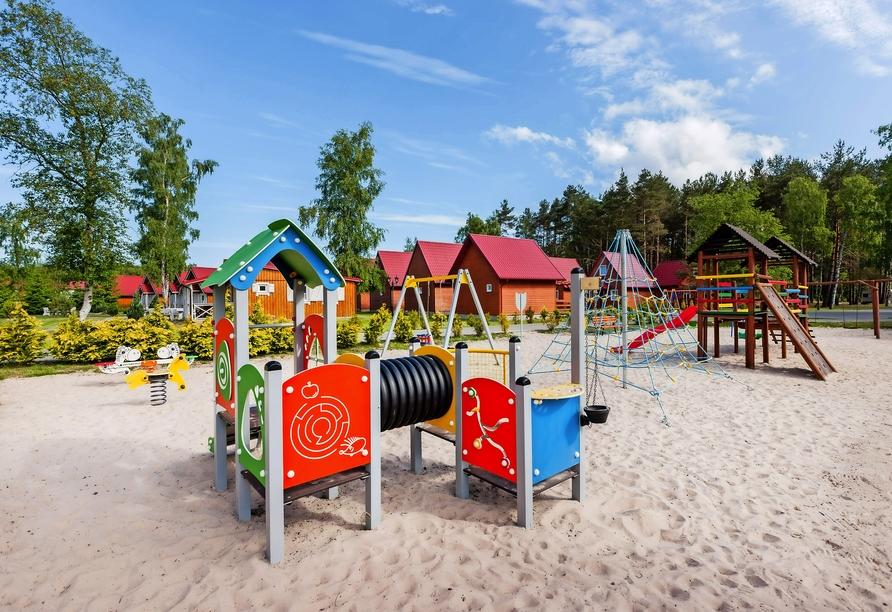 Ferienhäuser Bernstein Kur- & Wellnesszentrum in Dabki-Bobolin, Spielplatz
