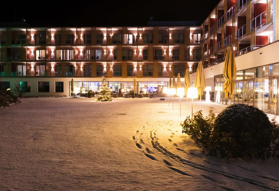 Hotel König Albert in Bad Elster, Außenbereich im Winter