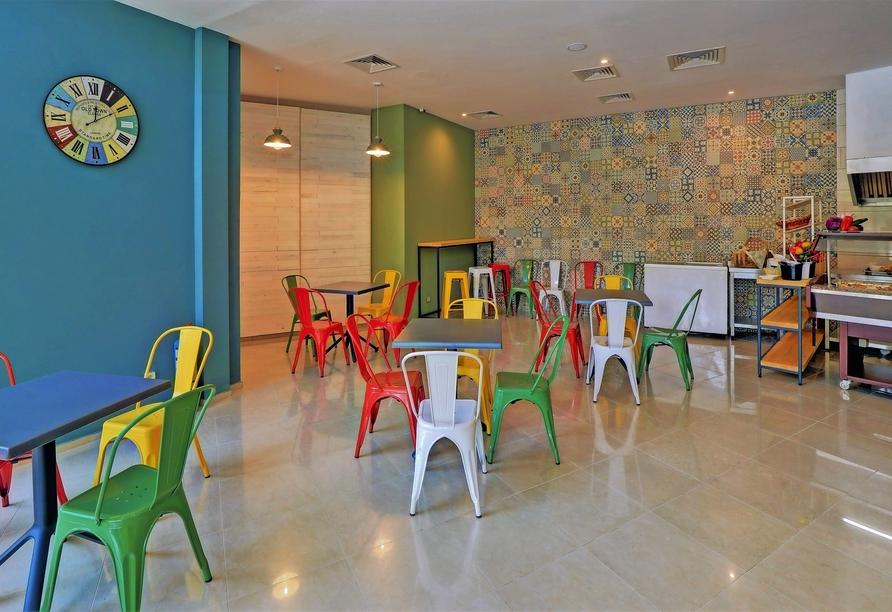 Hotel MiRaBelle Goldstrand, Pool- und Snackbar