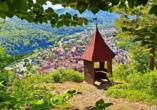 Entdecken Sie die schönsten Wanderwege rund um Bad Urach.