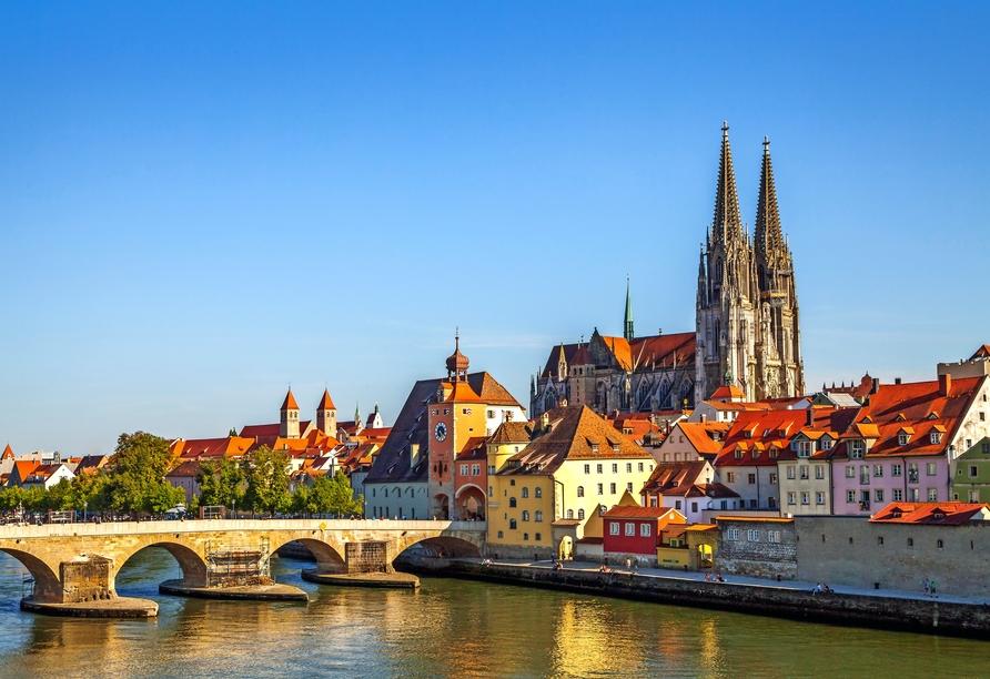 Regensburg erwartet Sie zu einem abwechslungsreichen Ausflug.