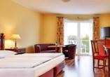 Beispiel eines Doppelzimmers Deluxe im Dorint Marc Aurel Resort Bad Gögging