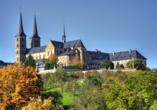 Der romantische Bamberger Dom überragt die malerische Altstadt.