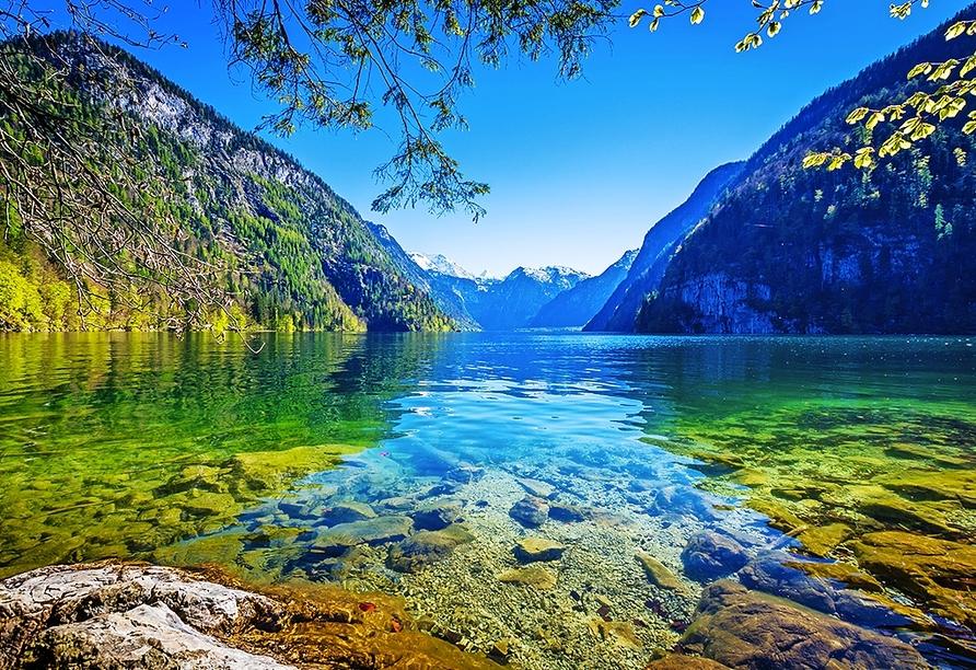 Der Königssee in Deutschland liegt ca. 40 km von Ihrem Hotel entfernt.