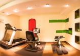 Powern Sie sich aus im Fitnessraum des Hotels Azenberg.