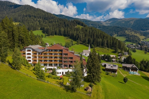 Hotel St. Oswald in Bad Kleinkirchheim, Österreich, Außenansicht