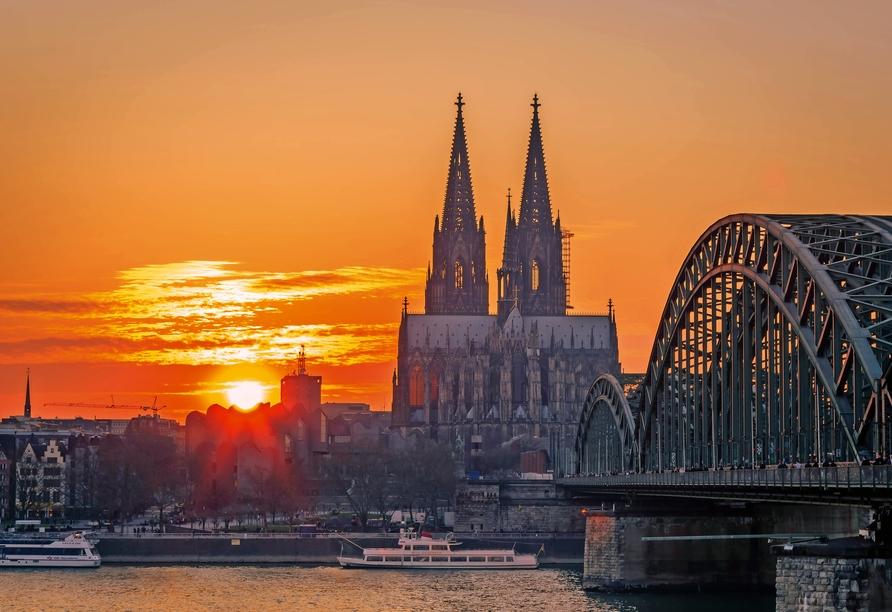 MS VistaSky, Köln Dom
