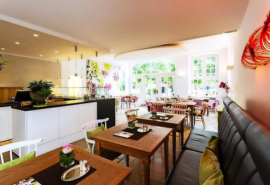 Köstliche Kuchen und andere Leckereien können Sie im Bistro Klostercafé kosten.