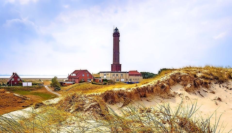 Der alte Leuchtturm zählt zu den wichtigsten Sehenswürdigkeiten Norderneys.