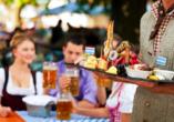Eine gute Brotzeit gehört zu einem Urlaub in Bayern dazu.