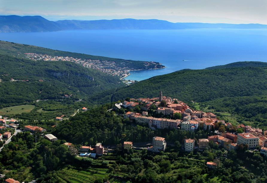 Villa Calussovo in Labin, Kroatien, Blick auf Labin