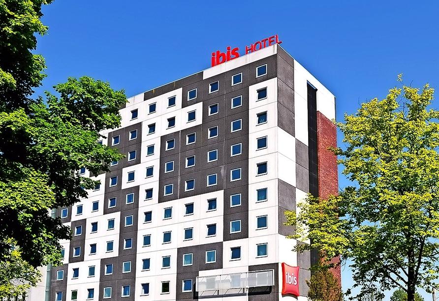 Außenansicht des Hotels ibis Amsterdam City West.