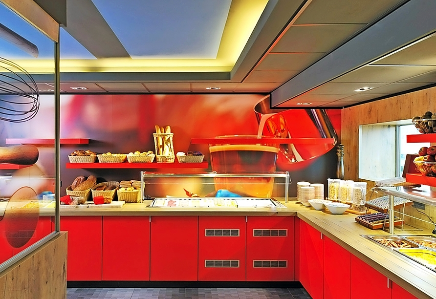 Frühstücksbuffet im Hotel ibis Amsterdam City West.