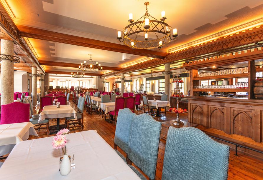 Gemütliche Stunden bei leckerem Essen verbringen Sie im Restaurant des Hotels Unterbrunn.