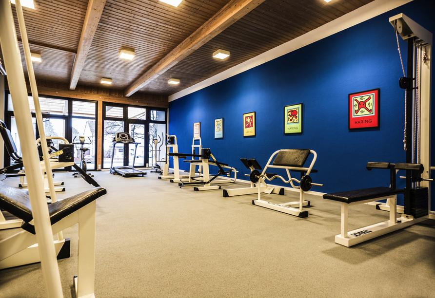 Im Fitnessraum können Sie körperlich aktiv werden.