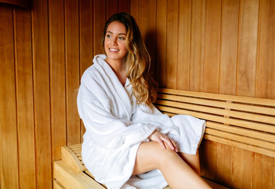 Eine Sauna sorgt für wohltuende Erholung.