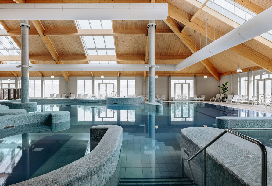 Roompot Beach Resort Nieuwvliet-Bad, Hallenbad