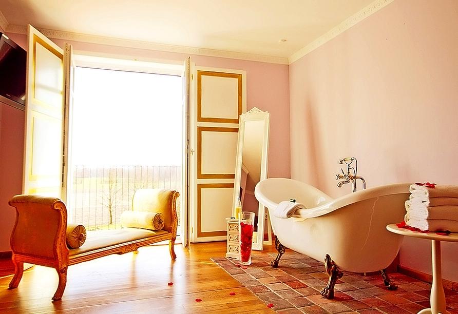 Beispiel einer Suite (hier: König Ludwig-Suite) im Landhotel Beverland