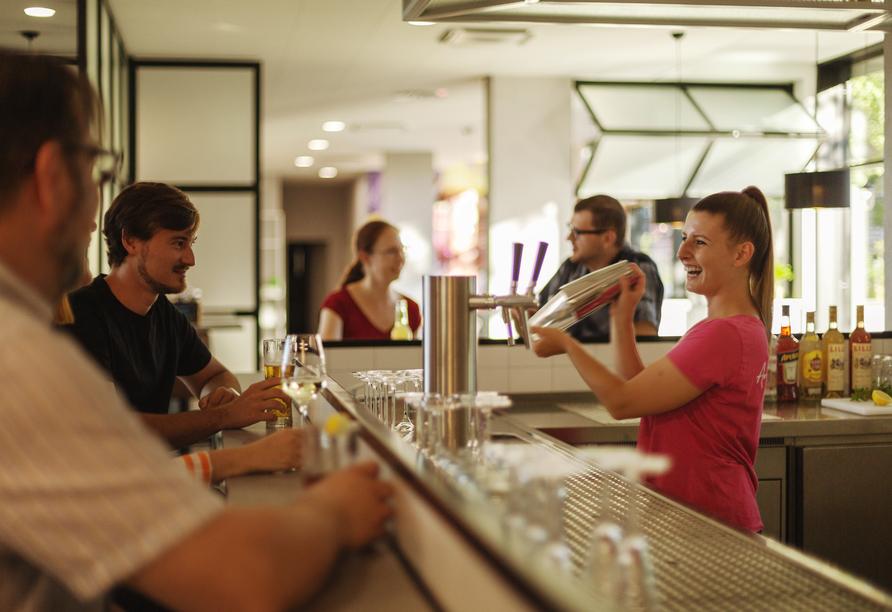 Den Abend können Sie an der Bar ausklingen lassen.