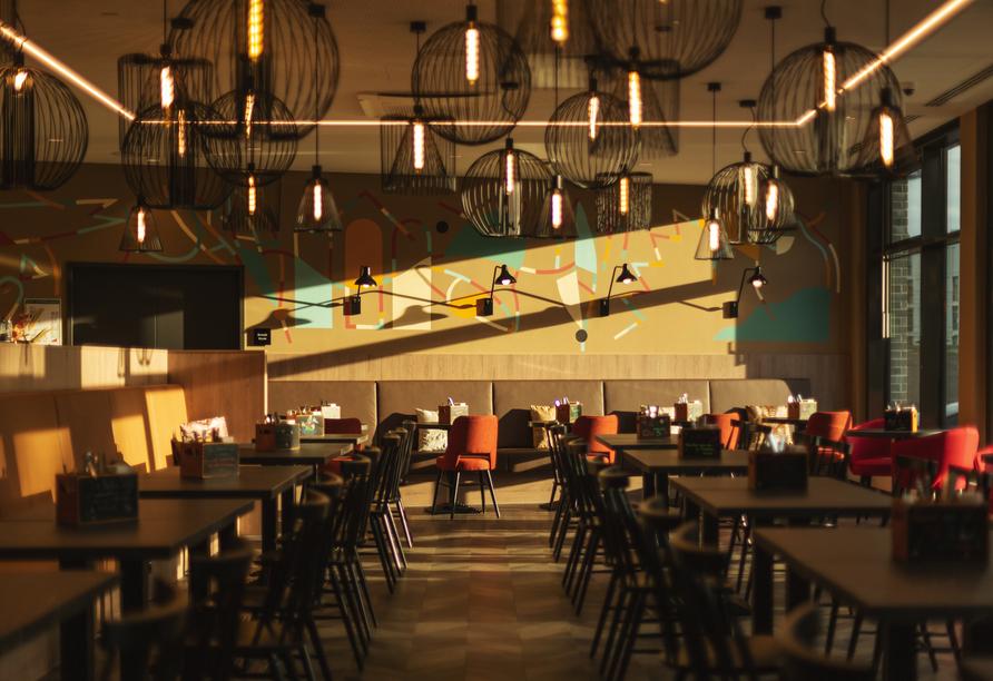 Das Restaurant ist stilvoll eingerichtet.