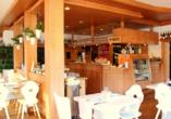 Lassen Sie sich im Restaurant mit heimischen Spezialitäten verwöhnen.