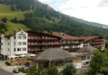 Hotel Edelweiss in Lermoos, Außenansicht Hotel Edelweiss