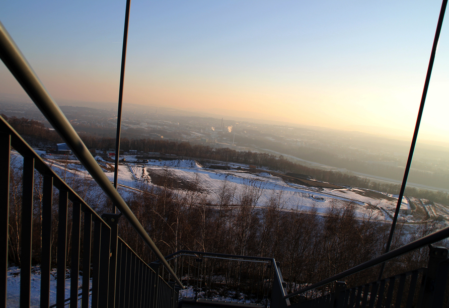 Von der Aussichtsplattform auf dem Piesberg haben Sie einen tollen Blick über Osnabrück.