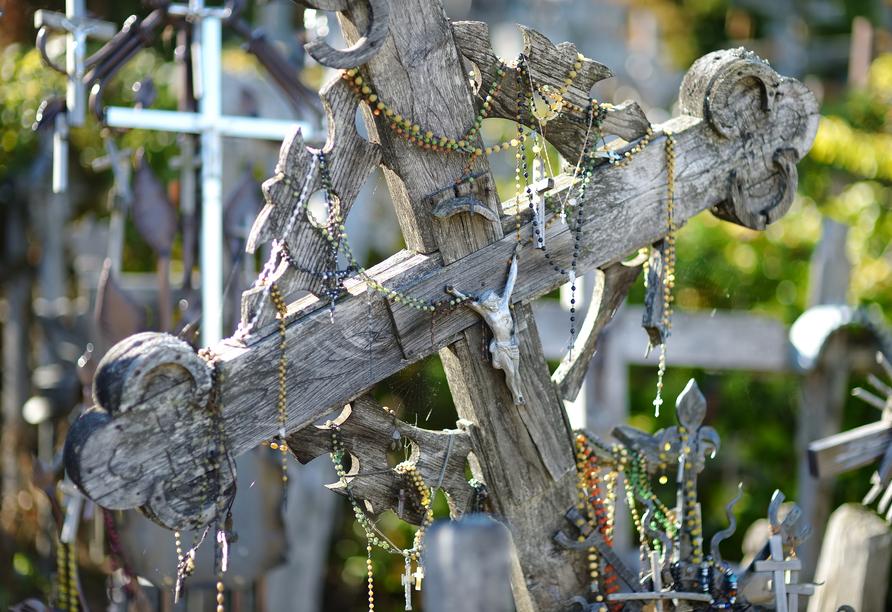 Auf dem Hügel der Kreuze in Siauliai sind über 100.000 Kreuze errichtet worden.