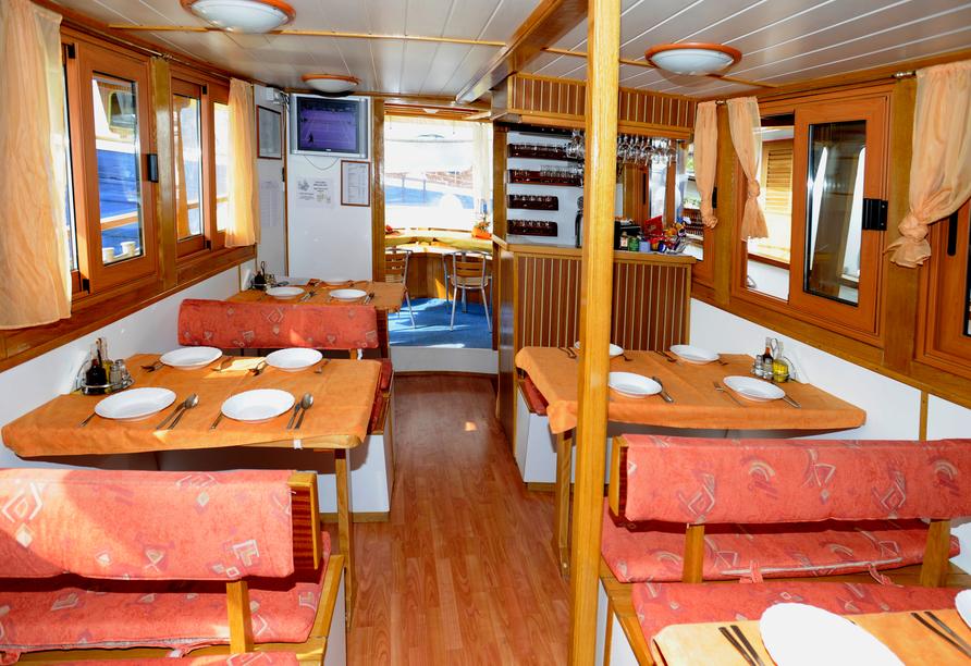 Blaue Reise Dalmatien, Essbereich Schiff