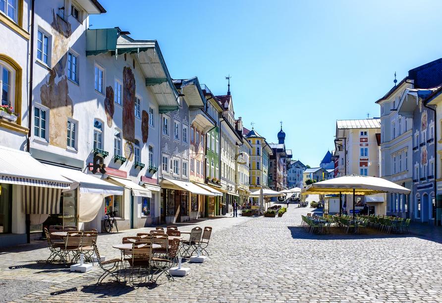 Schlendern Sie durch die Altstadt der schönen Kurstadt Bad Tölz.
