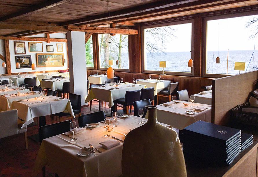 Auch vom Restaurant aus können Sie auf den Starnberger See schauen.