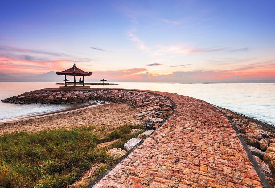 Herzlich willkommen auf der faszinierenden Insel Bali mitten im Indischen Ozean!