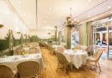Best Western Premier Grand Hotel Russischer Hof, Grüner Salon