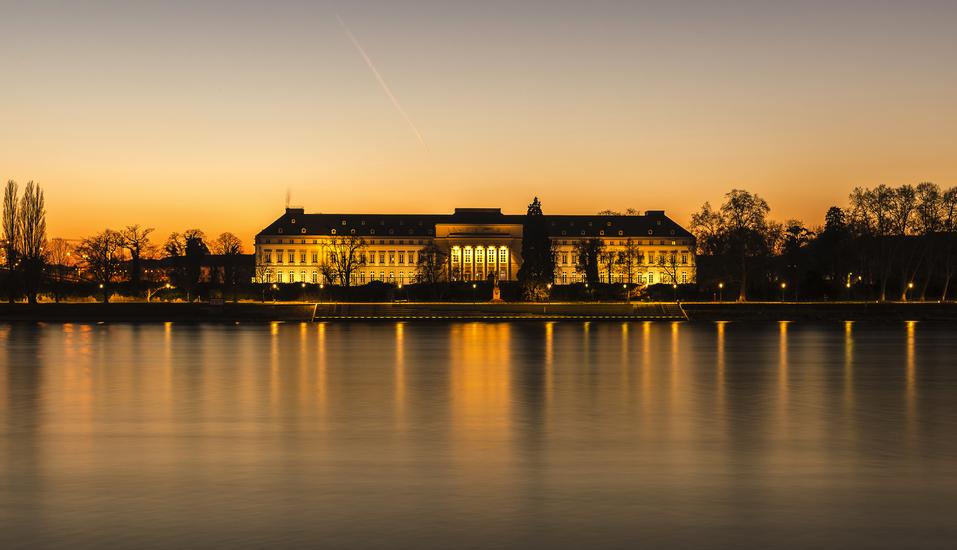 MS Amelia, Kurfürstliches Schloss Koblenz