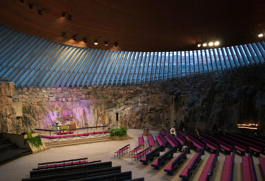 Ein Besuch der berühmten Felsenkirche