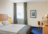IntercityHotel Stralsund, Beispiel Doppelzimmer Standard Queensize-Bett