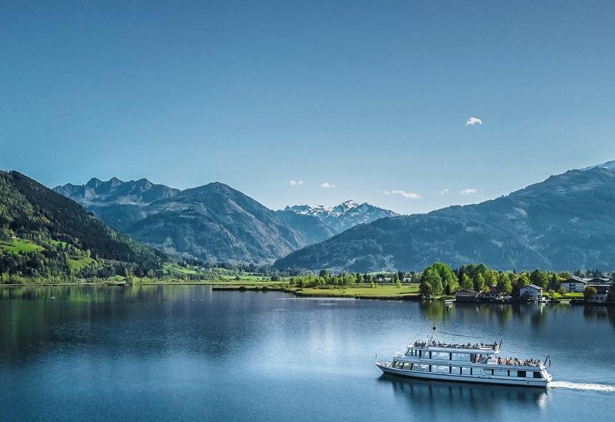 Ein Schifffahrt auf dem Zeller See ist ein besonderes Erlebnis.