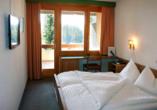 Arena Resort Valaisia, Carns-Montana, Doppelzimmer Balkon