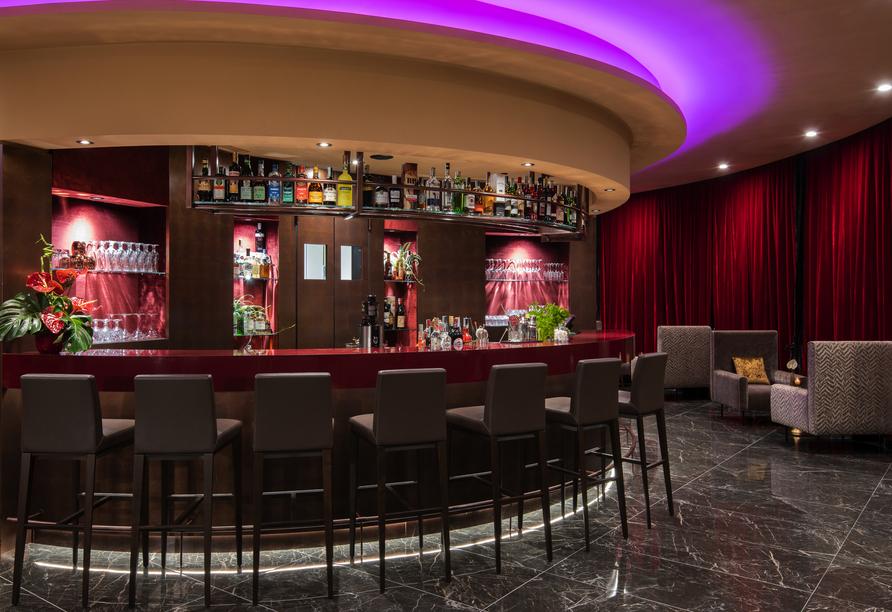 An der hoteleigenen Bar können Sie den Tag entspannt ausklingen lassen.