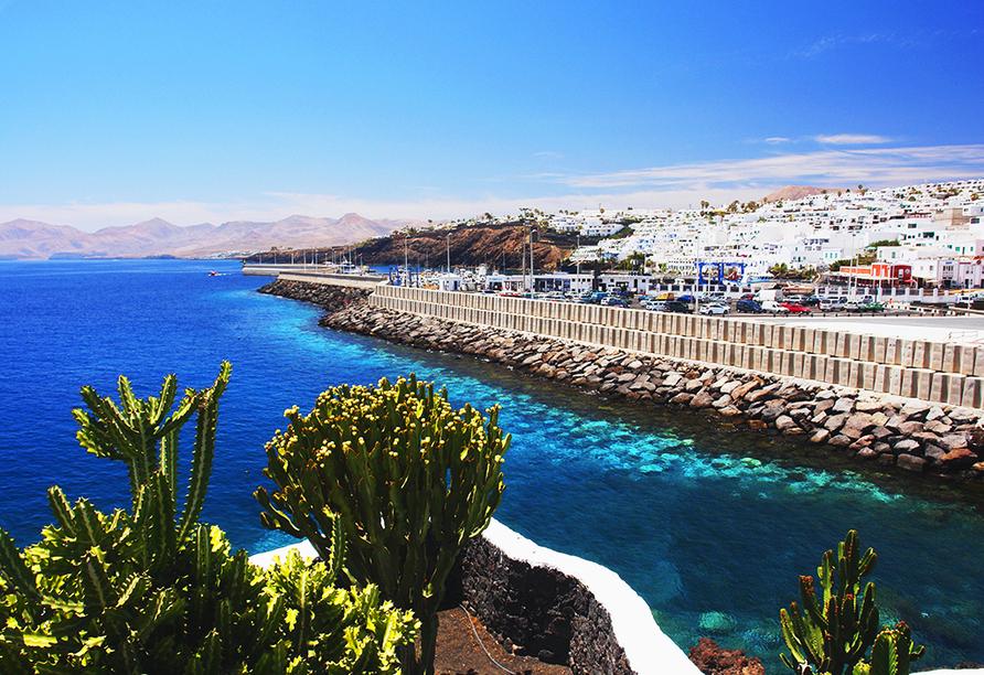 Puerto del Carmen begrüßt Sie im Südosten Lanzarotes!
