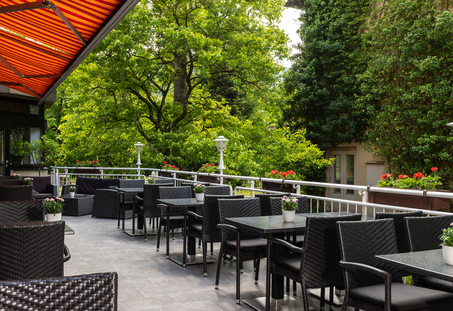 Terrasse des Leonardo Royal Hotel Baden-Baden