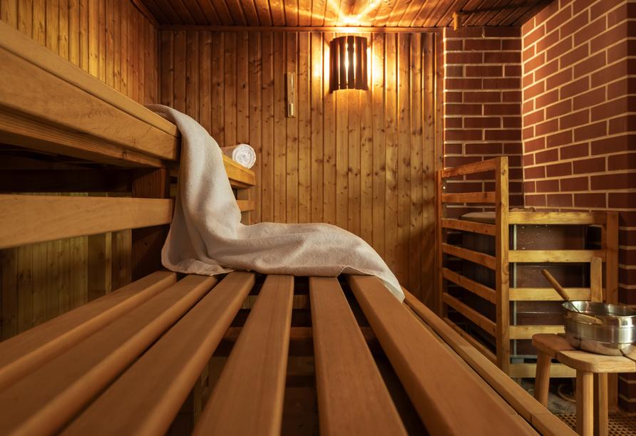 Die hoteleigene Sauna lädt zum Entspannen ein.