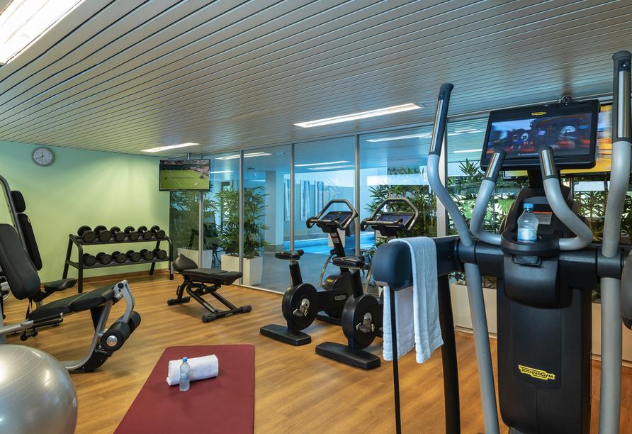Das Leonardo Royal Hotel Baden-Baden erwartet Sie unter anderem mit einem Fitnessraum.