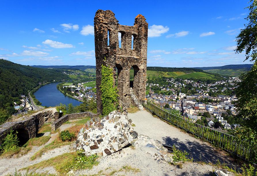 Die Ruine Grevenburg ist ein beliebtes Ausflugsziel über Traben-Trarbach.