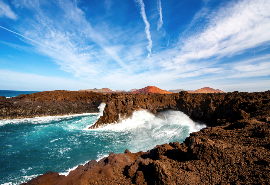 Die atemberaubenden Felsen von Los Hervideros werden Sie begeistern!