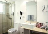 Beispiel eines Badezimmers im Appartement im Hotel BLUESEA Lanzarote Palm
