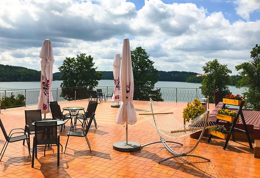 Terrasse Ihres Beispielhotels Hotel Eva