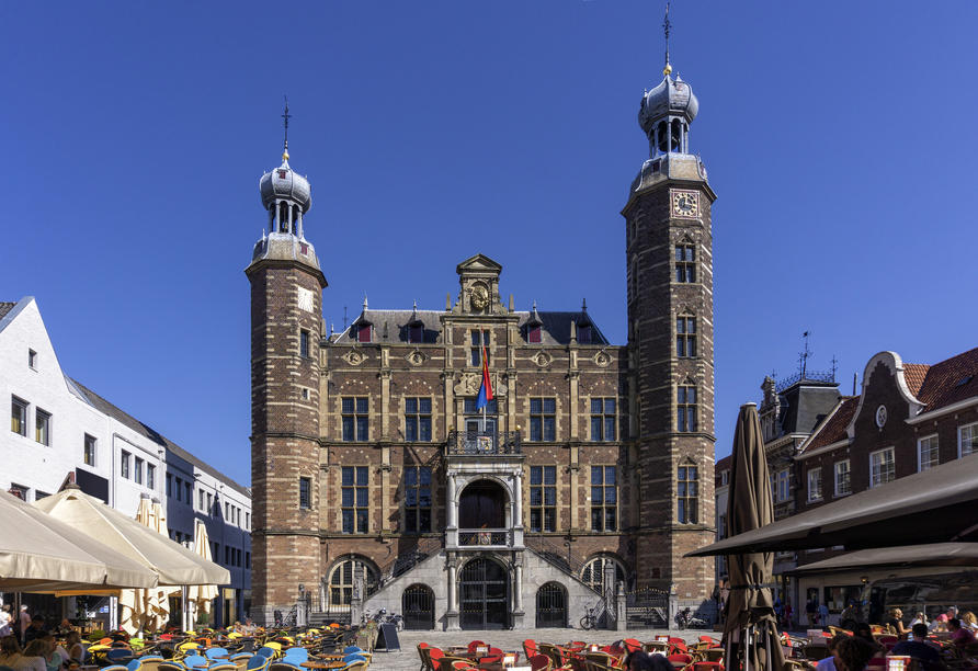 MS Rhein Prinzessin, Rathaus in Venlo