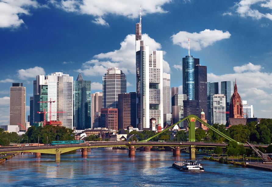 MS Asara ab/an Frankfurt am Main, Skyline Frankfurt