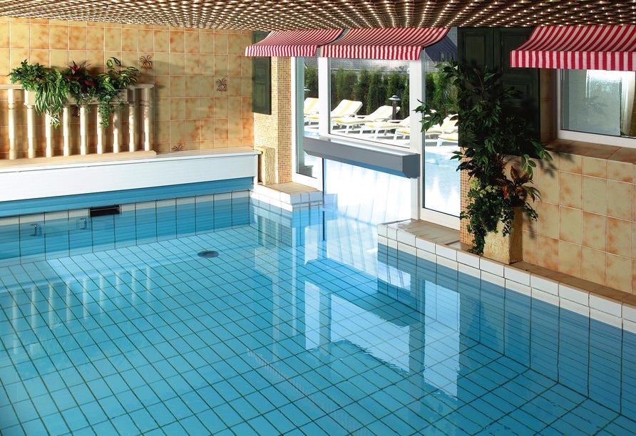 Sporthotel zum Hohen Eimberg in Willingen, Hallenbad